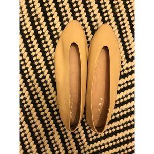 Zara V-Cut leather ballet flats